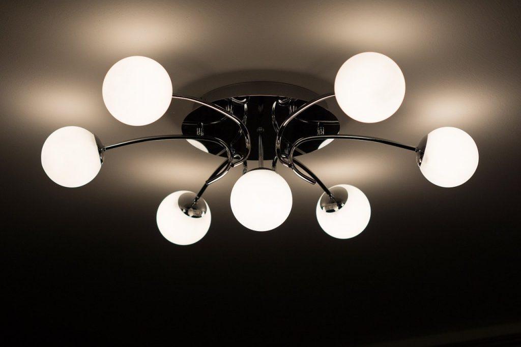 lampadario con sfere