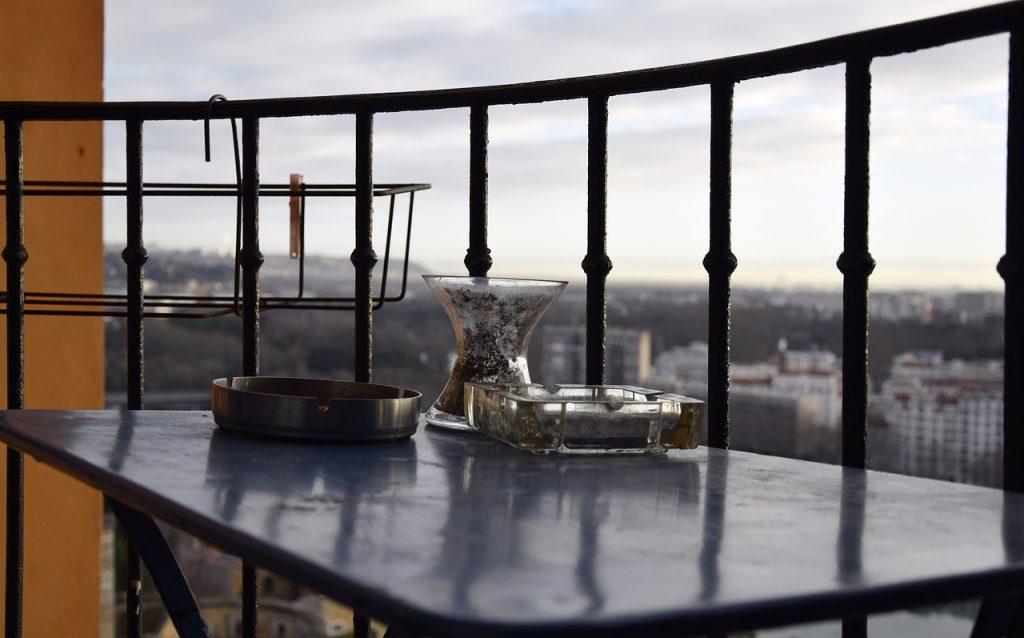 tavolino in balcone