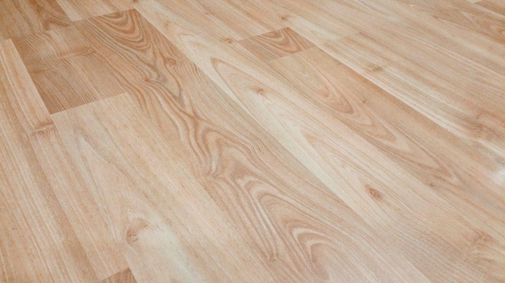 pavimento in legno uniforme