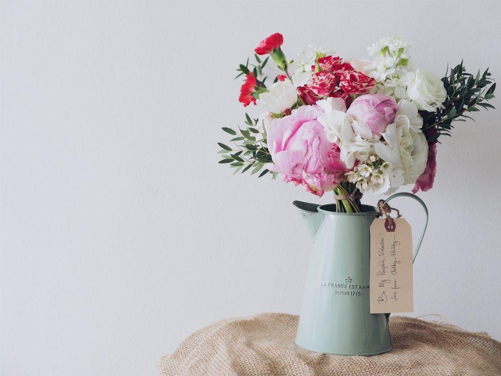 Mazzo di fiori per dare colore